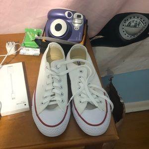 white size 6.5 converse never worn